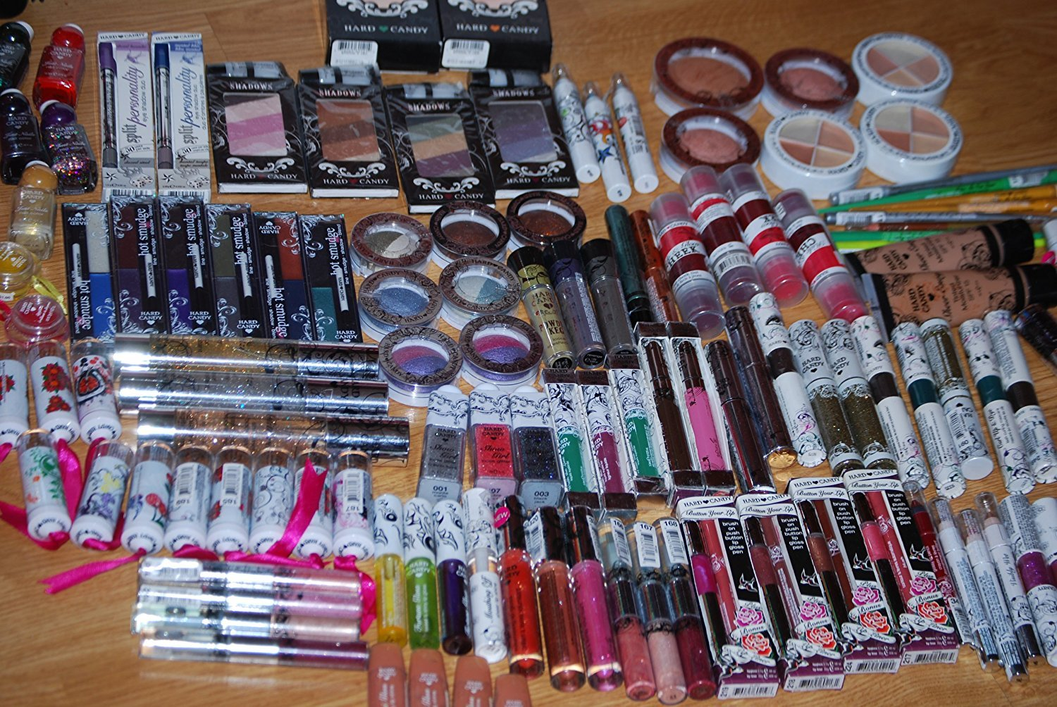 25 Piece Brand New & Sealed Hard Candy'' Cosmetics Makeup Excellent Assorted Mixed Lot with No Duplicates
