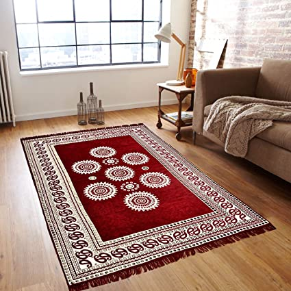 P Home Decor Chenille Maroon Carpet ,7 feet (Length) x 5 Feet(width)