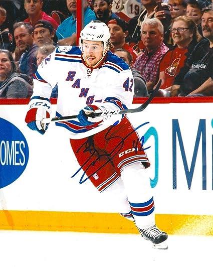 Brendan Smith Autographed Photo - 8X10 COA C - Autographed NHL ... ddcdc2d92