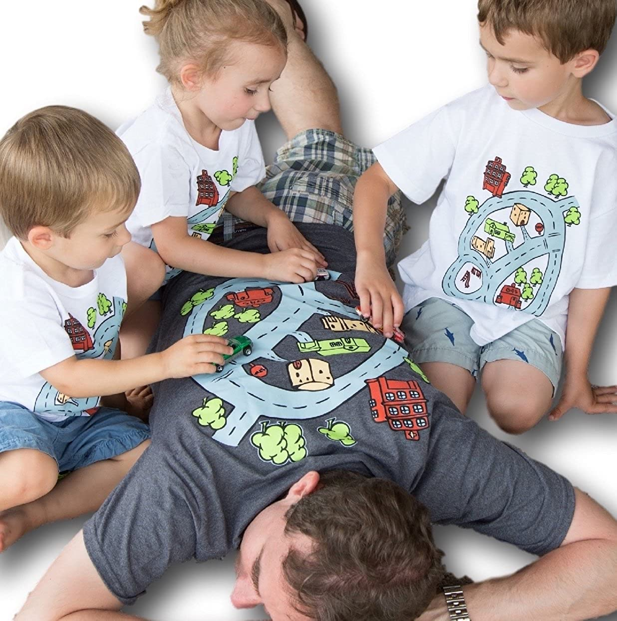 e3a9e51bc Amazon.com: Swanky Turtle BackTRACK Race Track Shirt Town and Road on Back  of Play Mat T-Shirt: Clothing