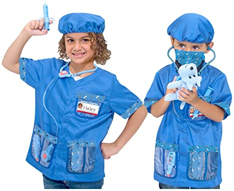 Amazon Com Melissa Doug Veterinarian Role Play Set Toys