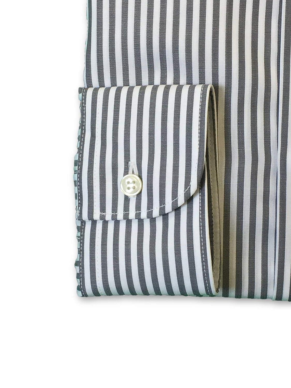 16 Ingram Shirt in Grey//White Stripe Pattern