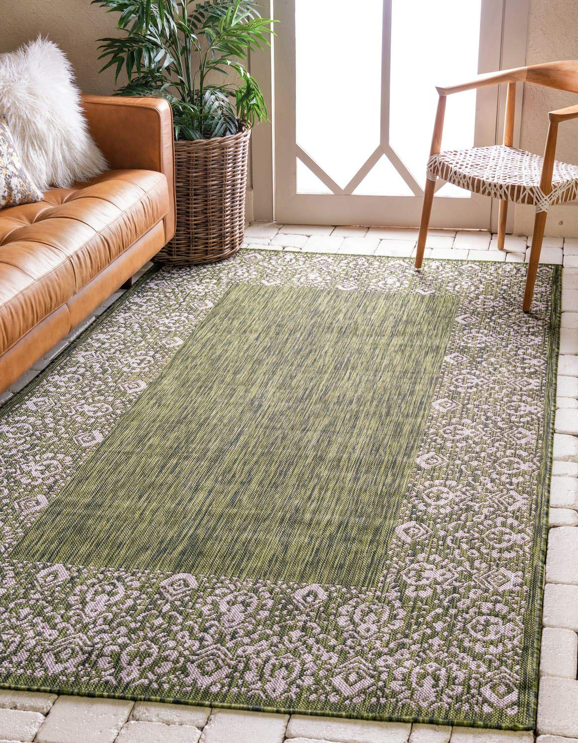 Unique Loom Outdoor Border Collection Traditional Floral Border Transitional Indoor and Outdoor Flatweave Green Area Rug 4 0 x 6 0