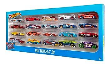 Amazon Com Hot Wheels Car Gift Pack Styles May Vary Toys