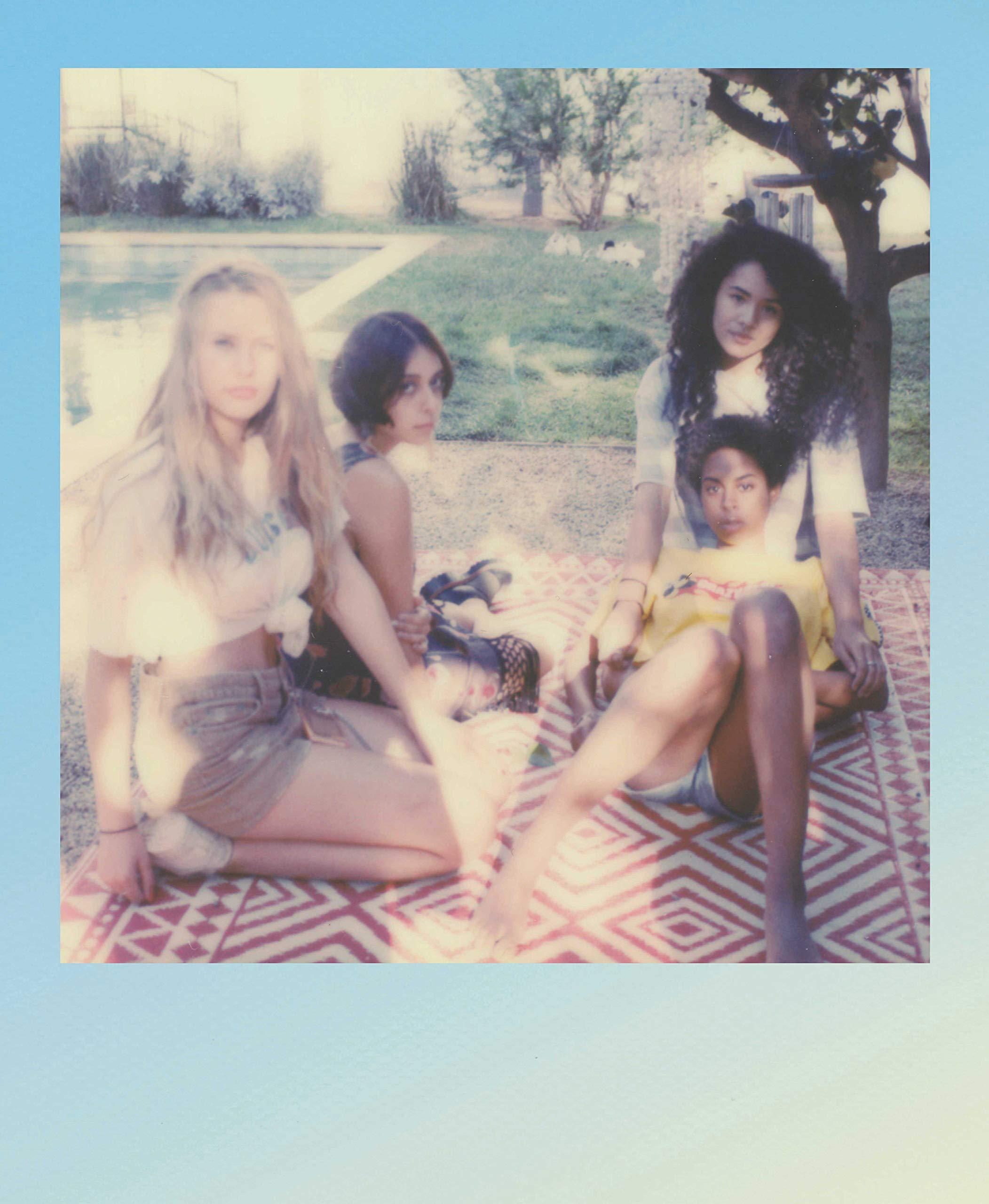 Polaroid Originals Color Film for I-Type - Summer Blues Limited Edition (4927) by Polaroid Originals (Image #6)