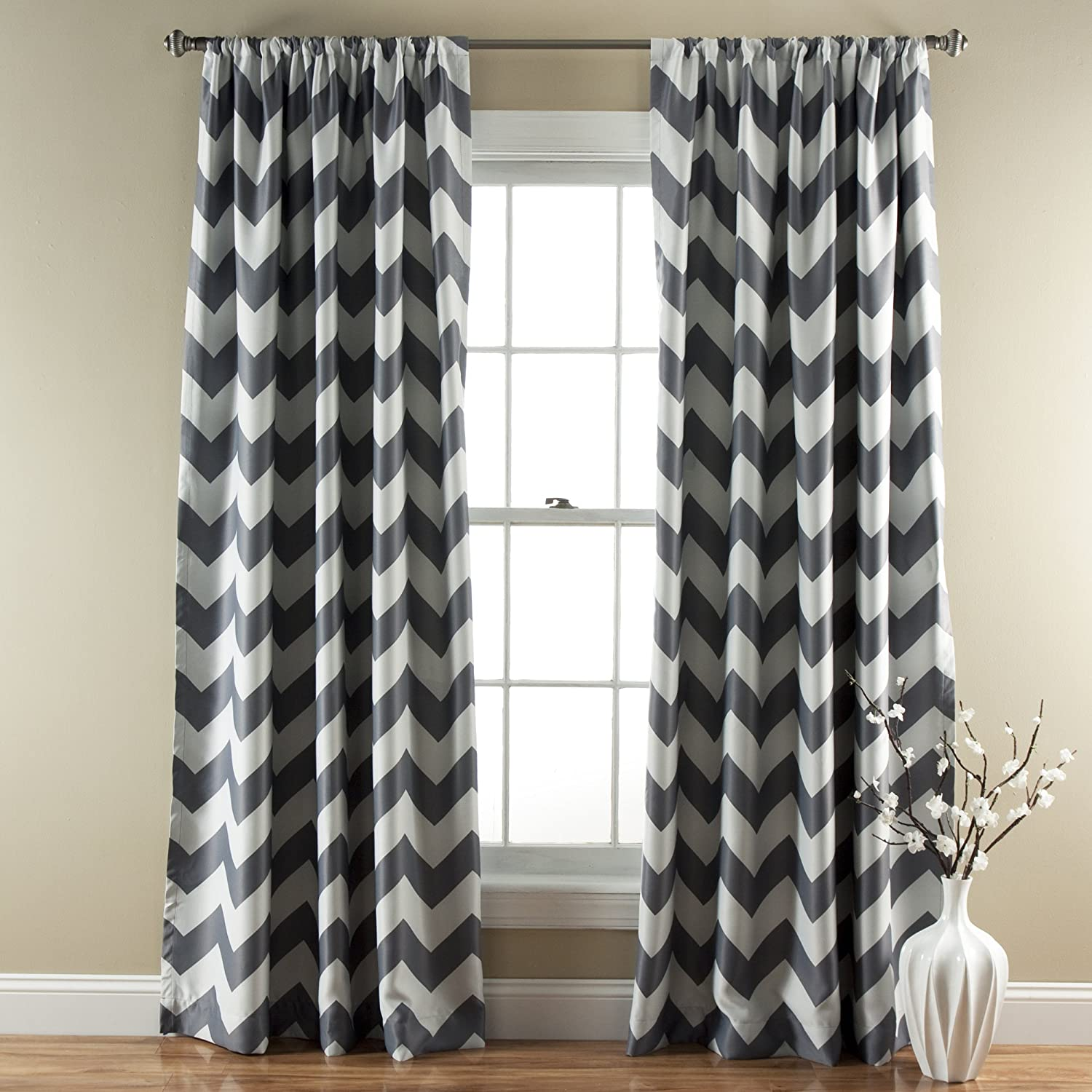 "Lush Decor Chevron Blackout Curtains Window Panel Pair | Room Darkening, Energy Efficient Drapes, 84"" x 52"", Gray, Set 84"" x 52"""