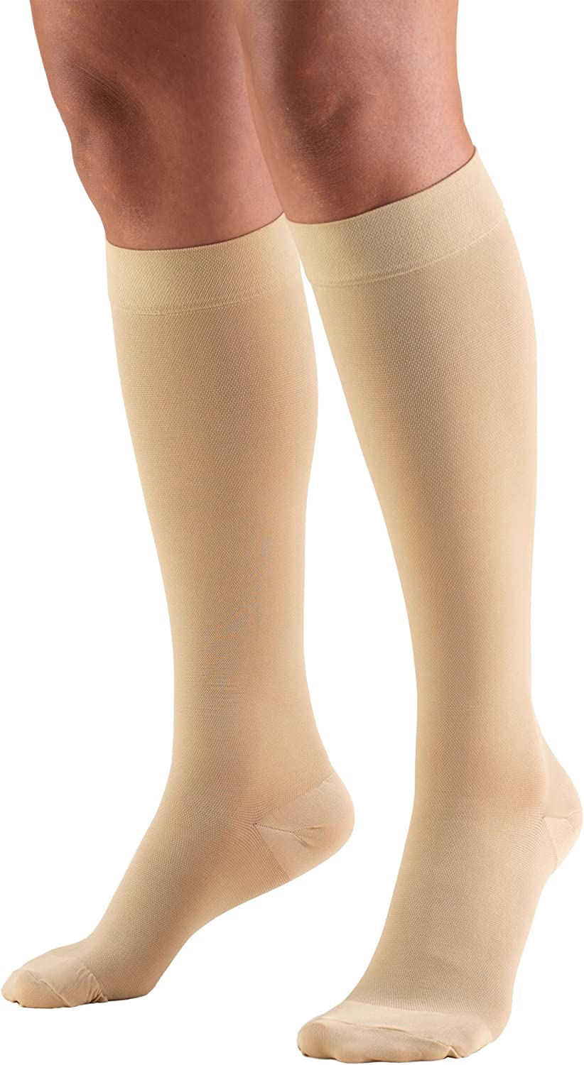 Amazon Com Truform 20 30 Mmhg Compression Stockings For Men And Women Knee High Length Closed Toe Beige Medium Truform Health Personal Care