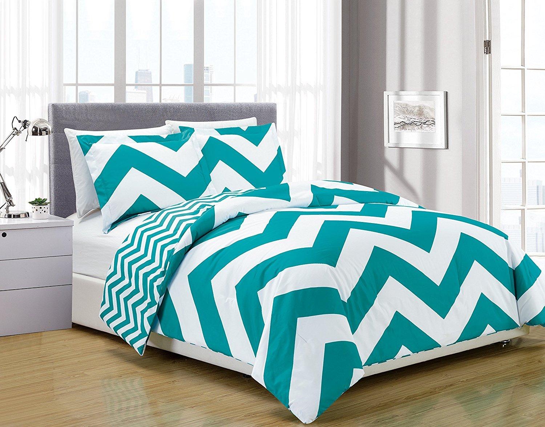 60 by 50-Inch 60 X 50 Kess InHouse Miranda MOL Triangle Checker Pastel Rainbow Fleece Throw Blanket