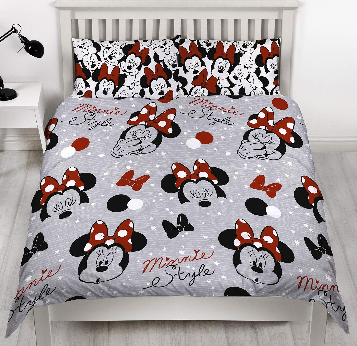 Disney Minnie Mouse Grey Single Duvet Cover | Reversible Cute Two Sided Design | Kids Bedding Set Includes Matching Pillow Case Character World DMNCUTDS002UK1