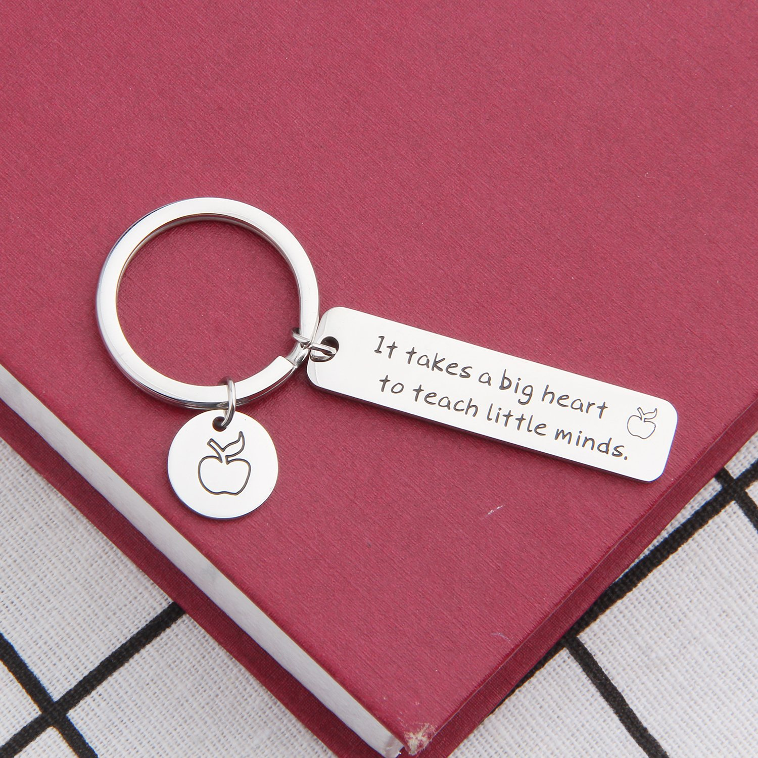 ENSIANTH It Takes a Big Heart to Teach Little Minds Adjustable Bracelet Gift for Teacher-Teacher Appreciation Gift with Apple Charm