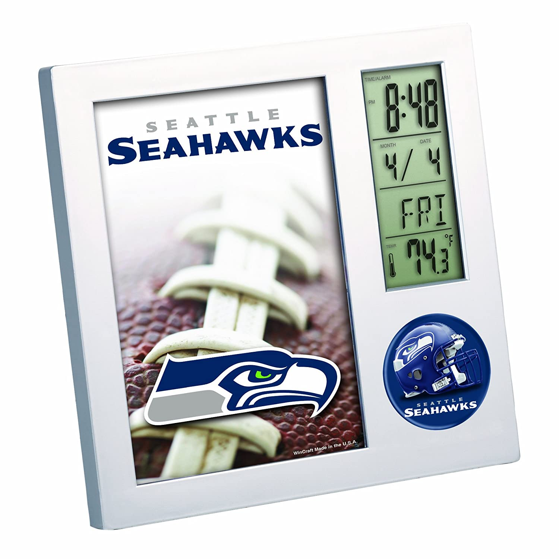 amazoncom nfl arizona cardinals digital desk clock sports fan wall clocks sports u0026 outdoors - Desk Clocks