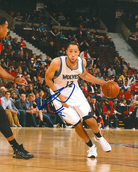 the latest 36ac6 8707d Tayshaun Prince Autographed Picture - MINNESOTA TIMBERWOLVES ...