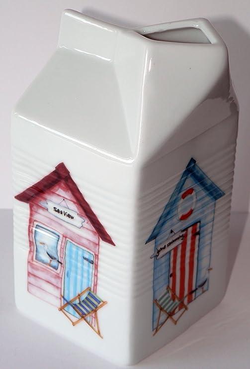 Con forma de cartón de leche jarra blanco de cerámica decorado con casetas de playa Patten: Amazon.es: Hogar