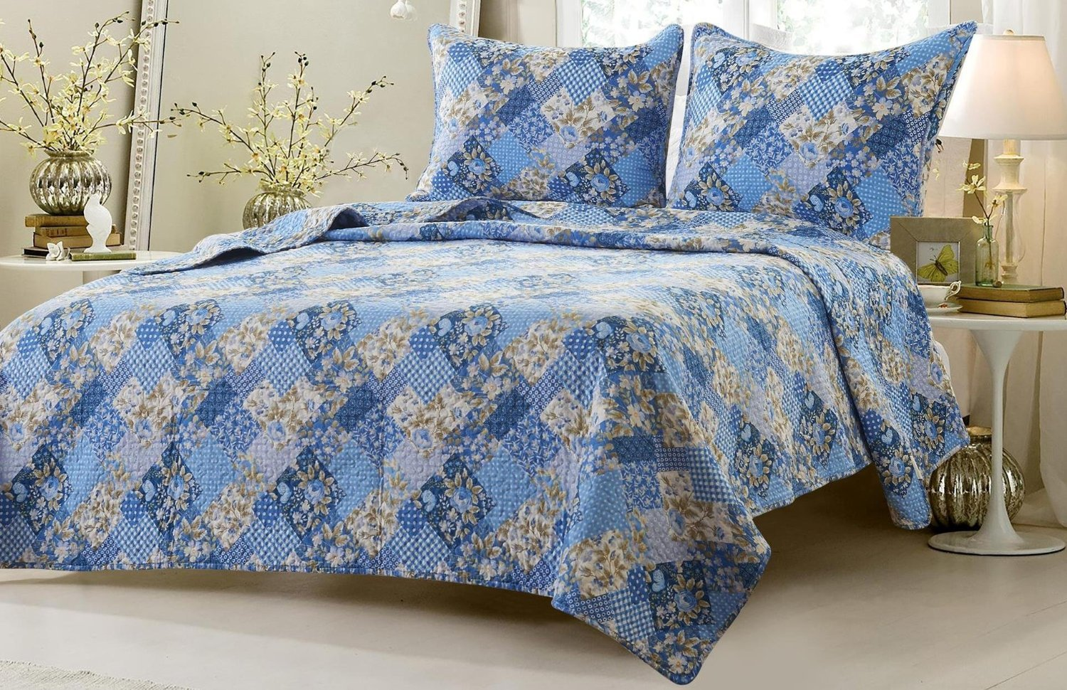 3pc Floral Blue Patchwork Quilt Set - Style # 1048 - Full/Queen - Cherry Hill Collection