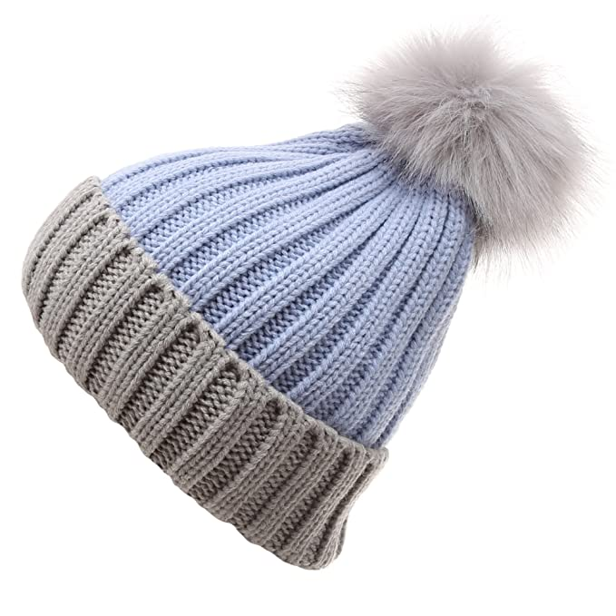 0b8af632b8ea2 MIRMARU Women s Winter Two-Tone Rib Knitted Ski Cuff Beanie Hat With Pom Pom.(Blue)  at Amazon Women s Clothing store