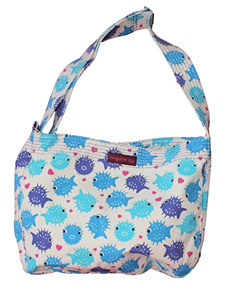 80736329d9 Bungalow 360 Puffer Fish Messenger Bag  Amazon.ca  Clothing   Accessories