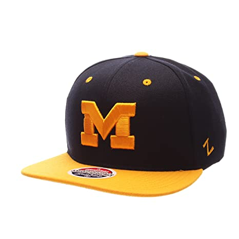 hot sale online f7cc9 7e630 Image Unavailable. Image not available for. Color  ZHATS NCAA Michigan  Wolverines Men s Z11 Snapback Hat, Adjustable Size, Team Color