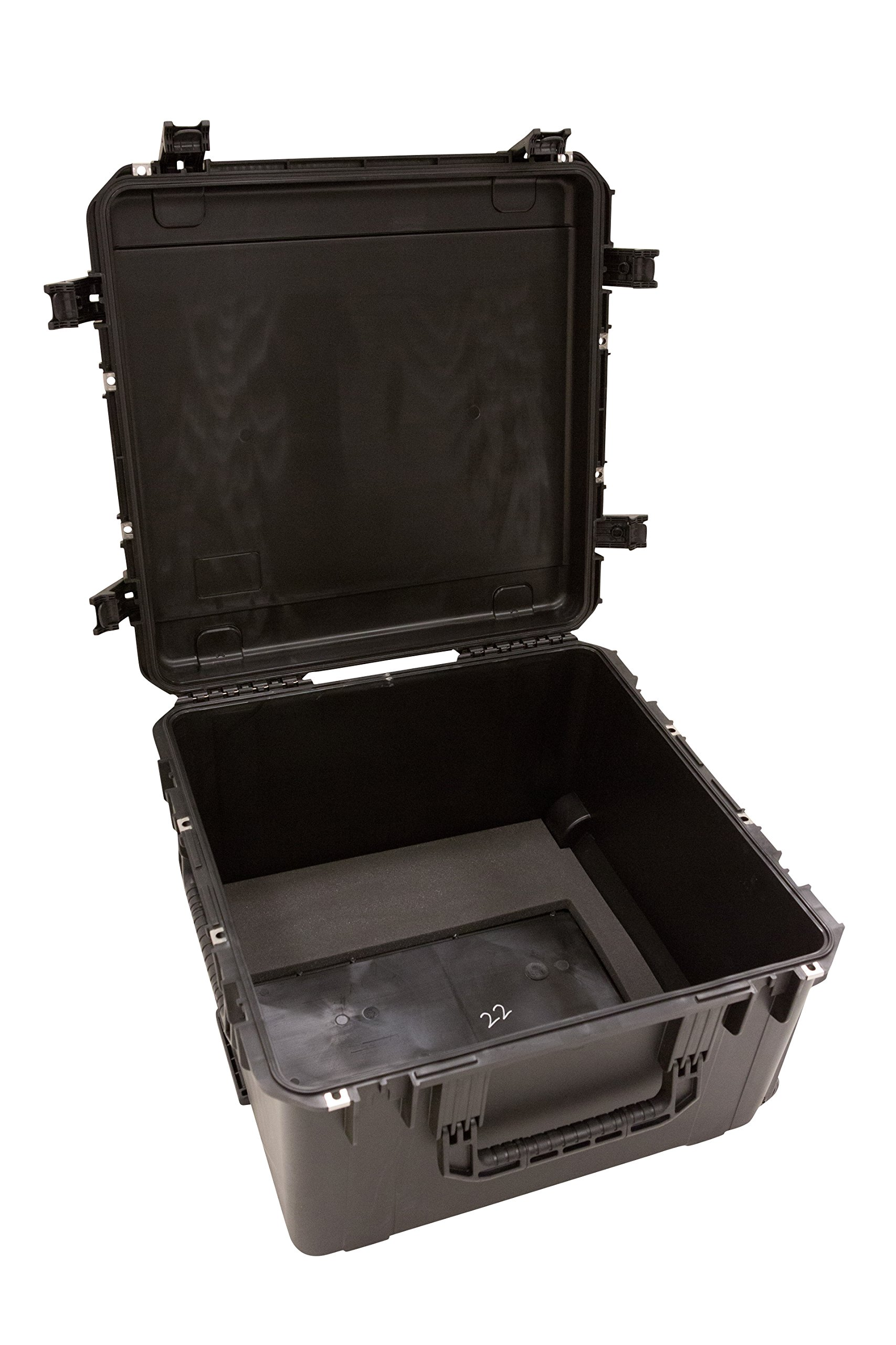 SKB 3i-2424-14BE iSeries Waterproof Case - 24'' x 24'' x 14'' with wheels empty