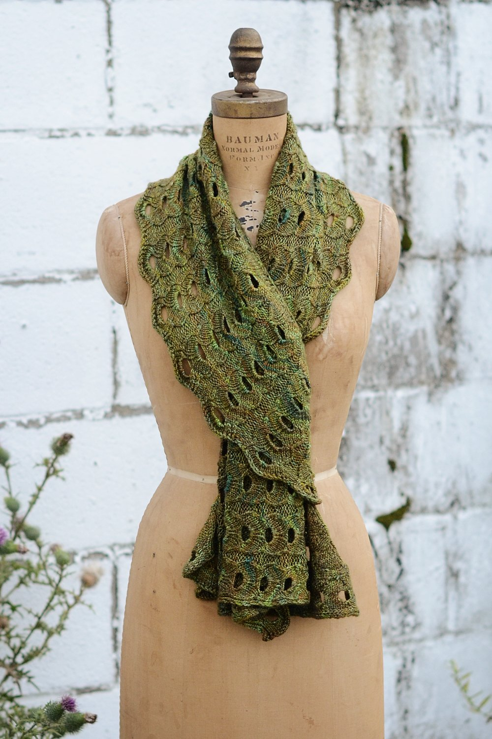Curls: Versatile, Wearable Wraps to Knit at Any Gauge: Hunter ...