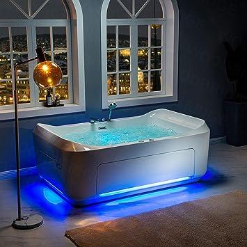 White Woodbridge 71 Acrylic Freestanding Bathtub Contemporary Soaking Tub with Chrome Overflow and Drain BTS0091