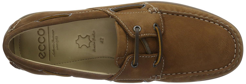 8c6d70a4 ECCO Men's Classic Moc 2.0 Boat Shoes