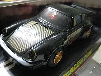 Scalextric (Great Britain Black Porsche 930 (Turbo) Plastic Slot Car 1:32