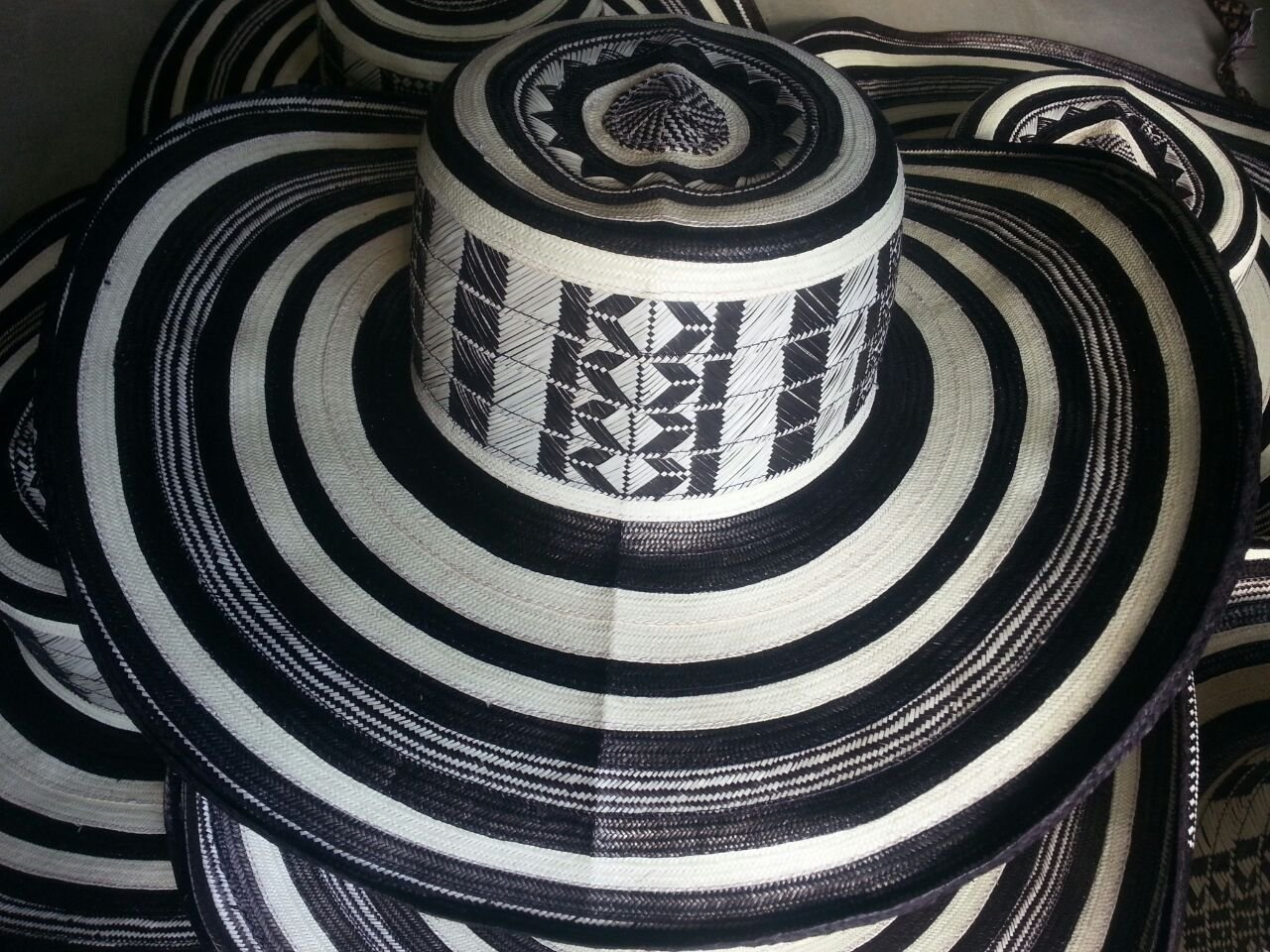 Amazon.com : Beautiful Colombian Sombrero Vueltiao Made By Colombian Artisans : Everything Else