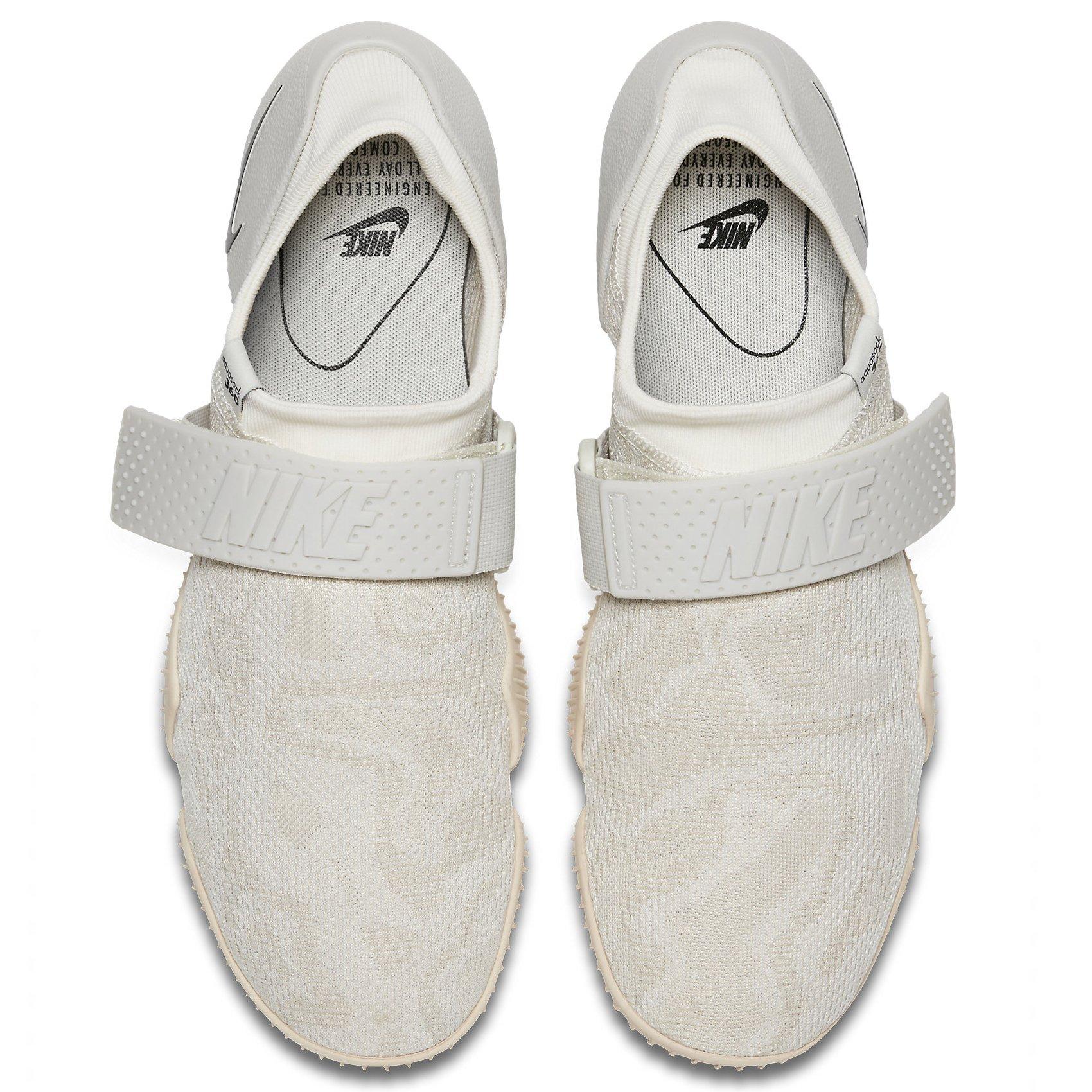 NIKE Aqua Sock 360 QS 902782 100 Oatmeal/Light Bone/Sail/Black Men's Water Shoes (8) by NIKE (Image #3)