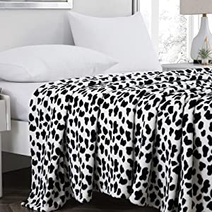 Vessia 300GSM Flannel Fleece Velvet Blanket Twin Size(66x90 inch) - Cow Pattern Lightweight Fuzzy Decor Bed Blanket