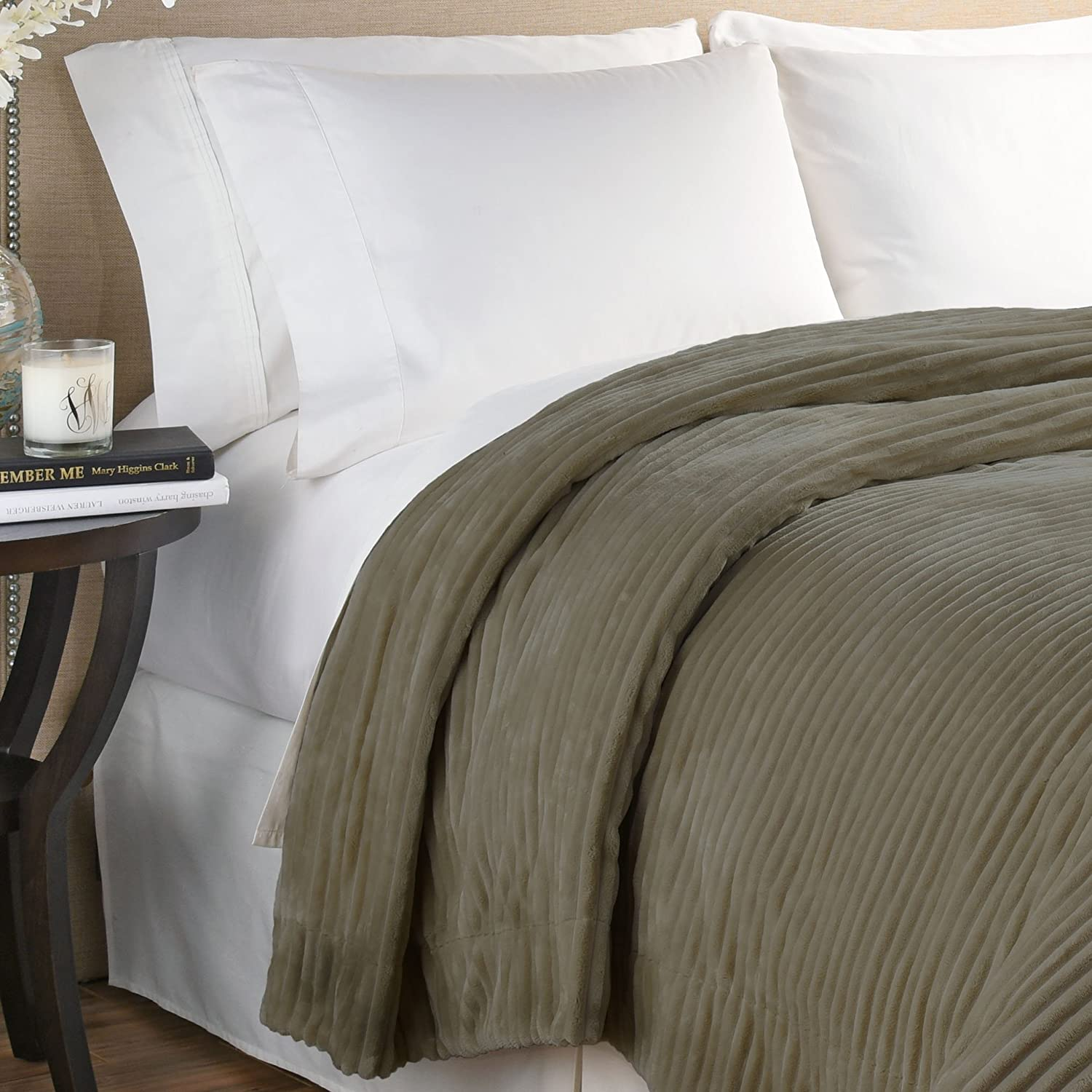 Beautyrest 16927BEDDTWNGRE Giverny Anti-Microbial Technology Blanket Twin Grey Ellery Homestyles