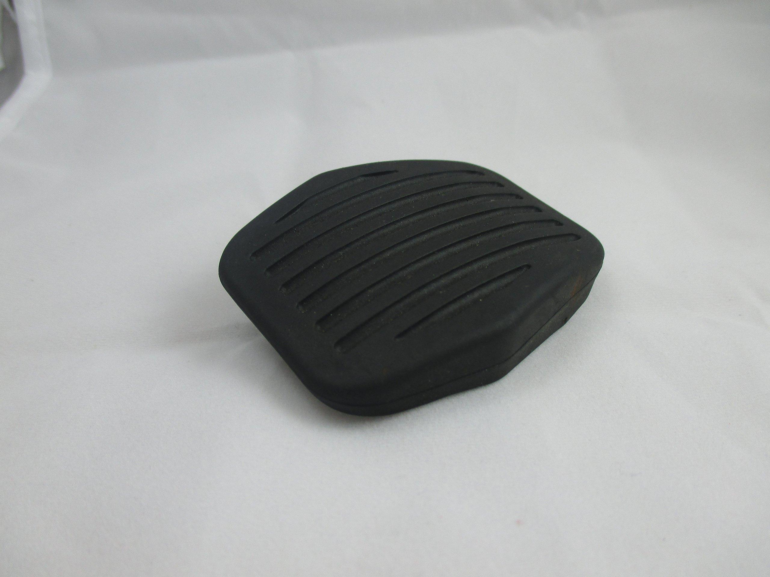 Mazda 3 2004-2005 New OEM black ruber clutch or brake pedal pad BP4K-43-028