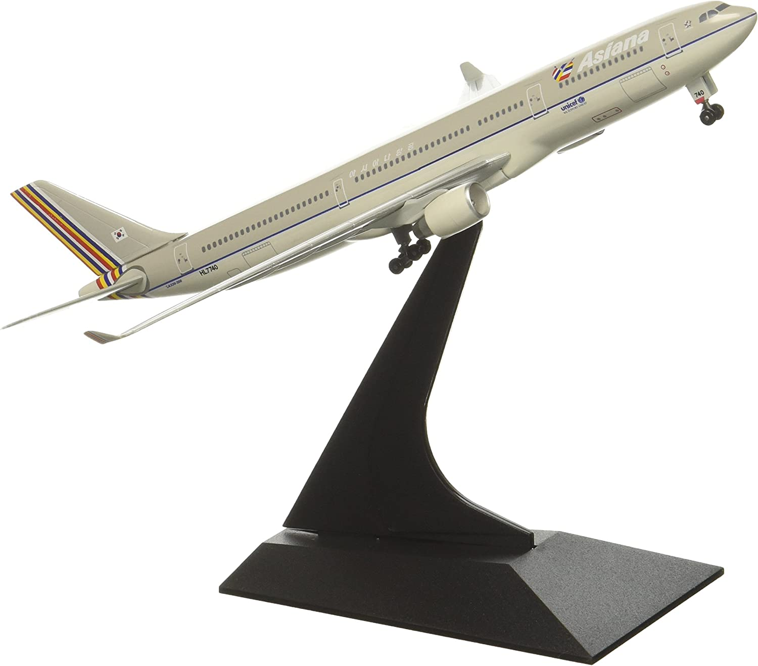 """DRAGON 55902 Asiana A330-300 /""""We Support UNICEF/""""~HL7740 1:400 MODEL PLANE NEW"""