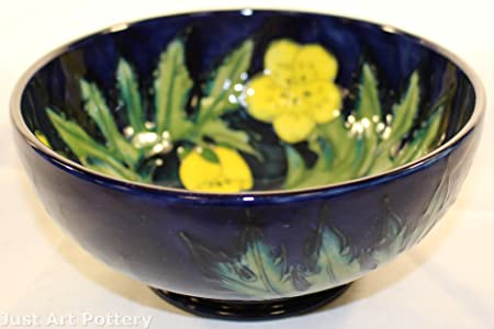Moorcroft Pottery 1991 Buttercup Bowl (Artist Signed