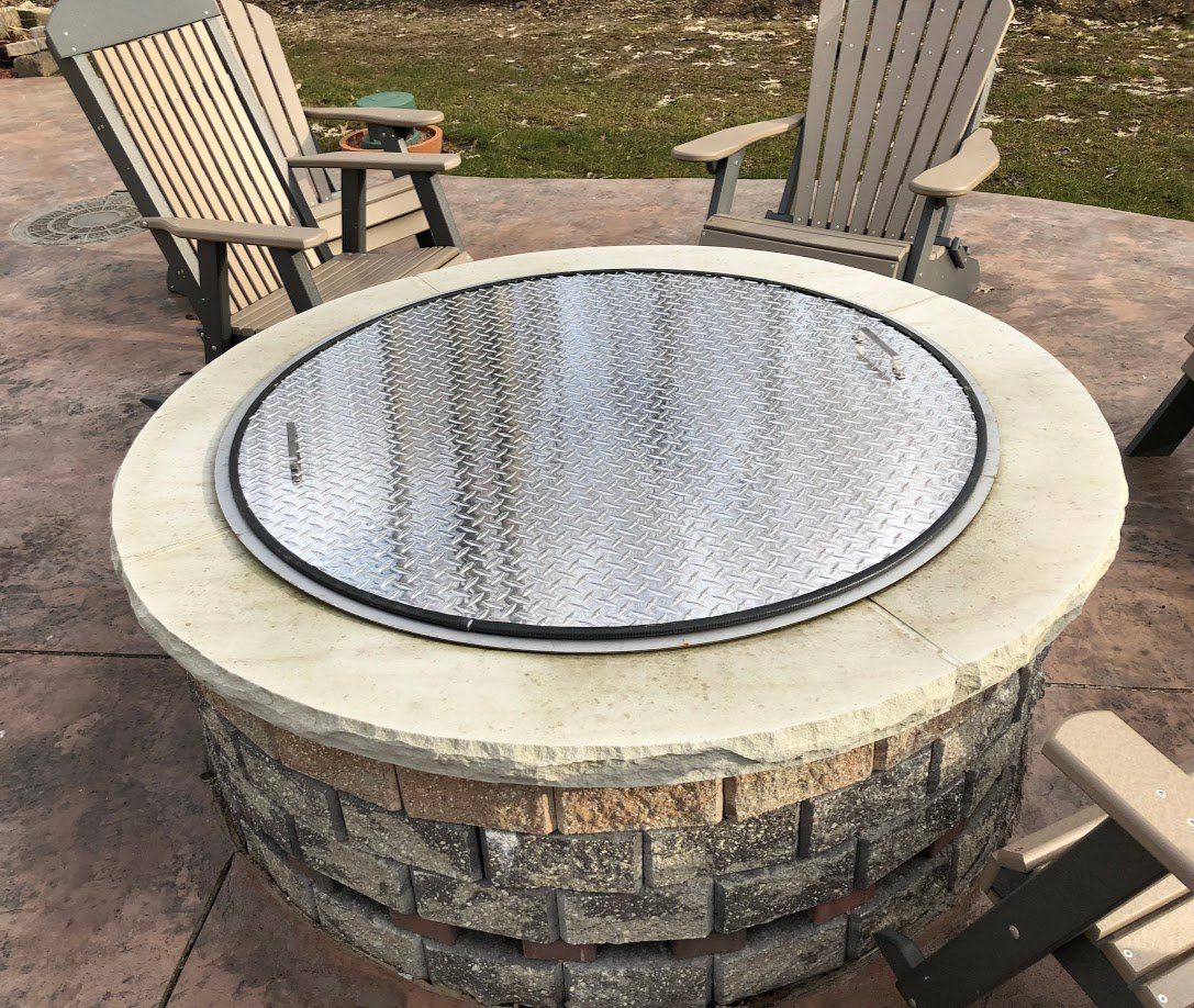 Flat Metal Aluminum Fire Pit Cover Top 38'' Diameter by Higley Fire Pits