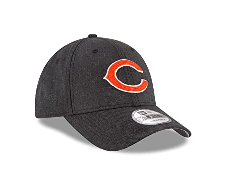buy popular 2820b b18f3 Amazon.com   NFL Chicago Bears Heather Crisp 9FORTY Adjustable Cap, One Size,  Black Heather   Sports   Outdoors