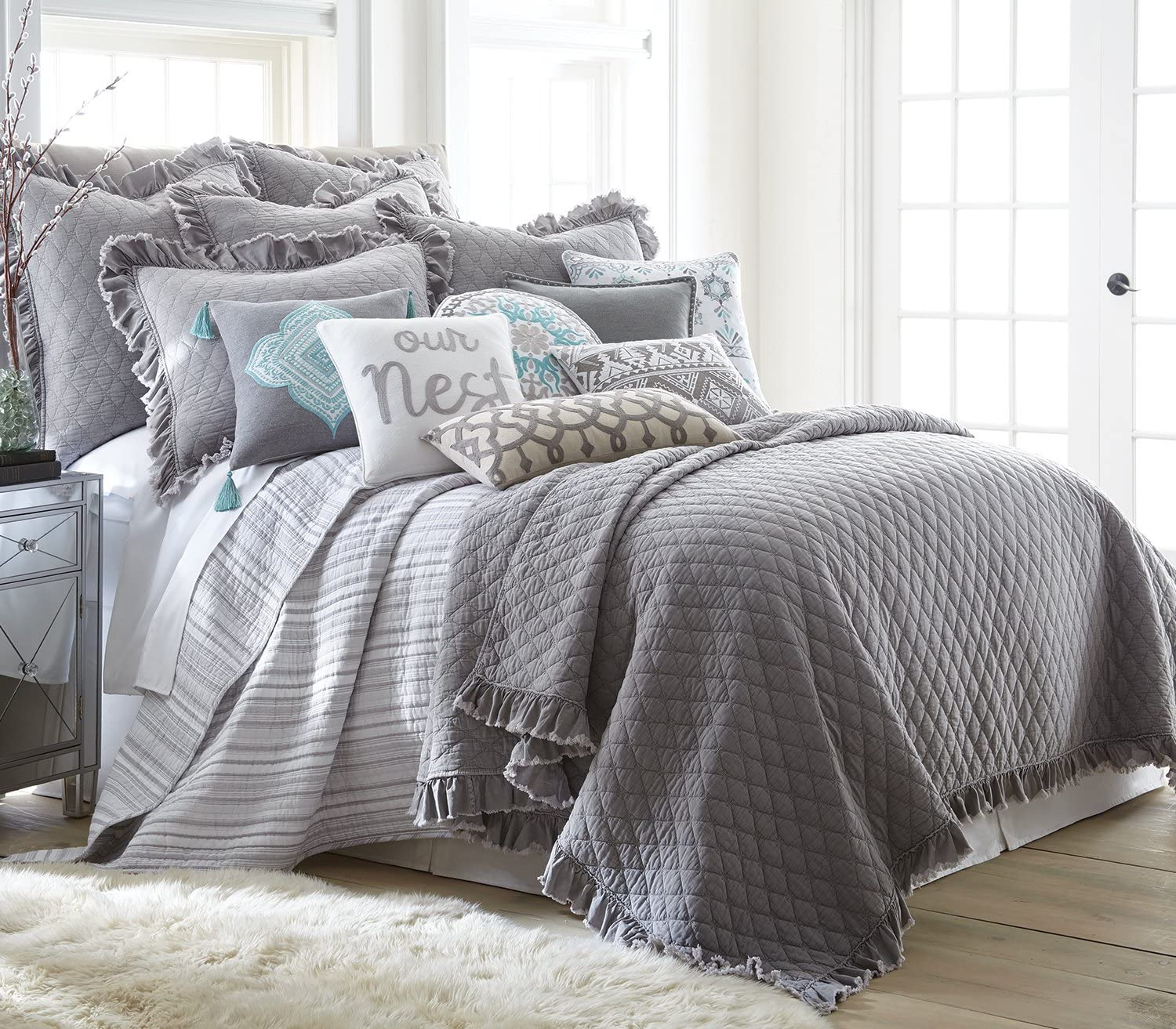 Levtex Grey Stonewashed King Quilt Set, Grey, Solid