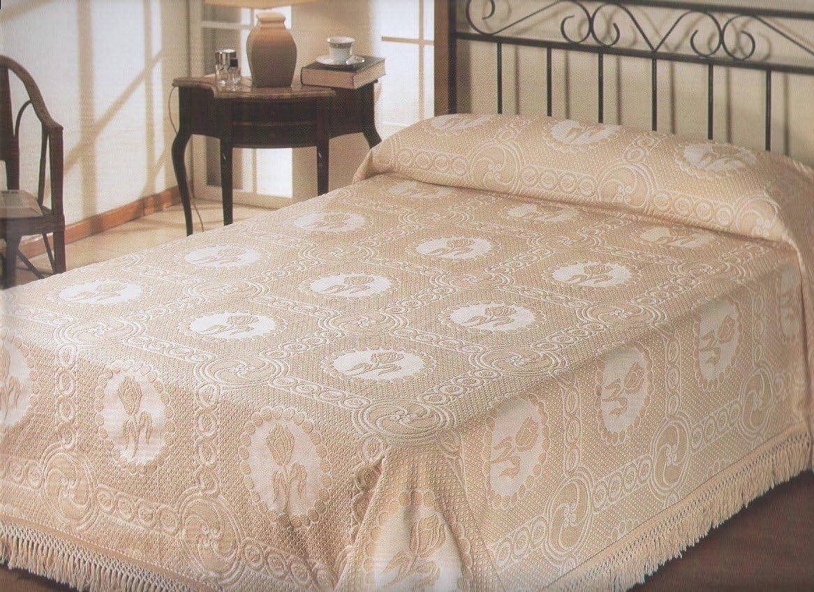 King White La Rochelle Tulip Bedspread