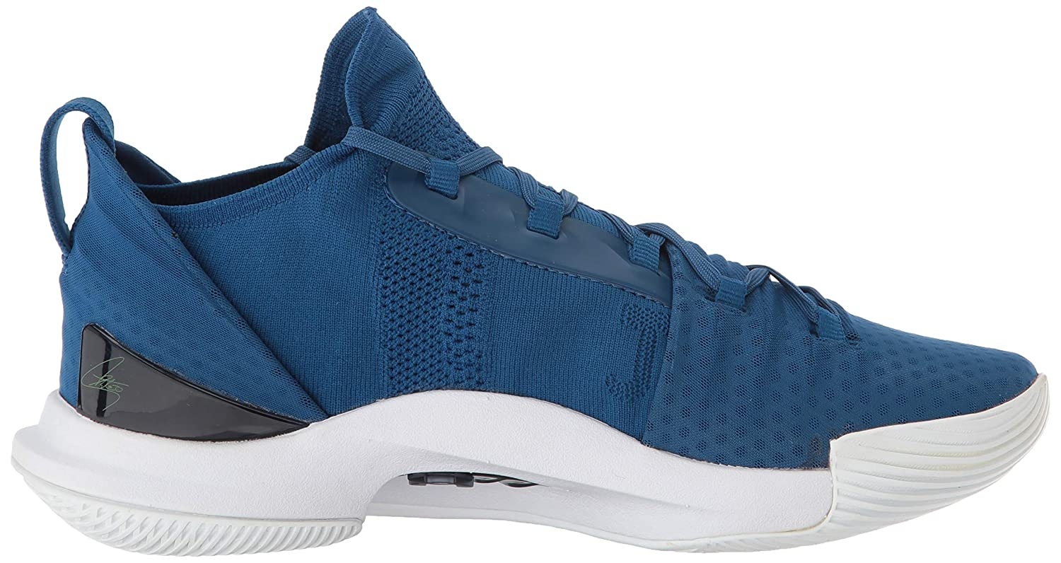 wholesale dealer 9a093 4e043 Amazon.com   Under Armour Men s Curry 5 Basketball Shoe   Basketball