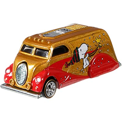Hot Wheels Peanuts Deco Delivery Vehicle: Toys & Games