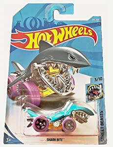 Hot Wheels 2018 50th Anniversary Street Beasts Shark Bite (Shark Car) 164/365, Aqua Blue