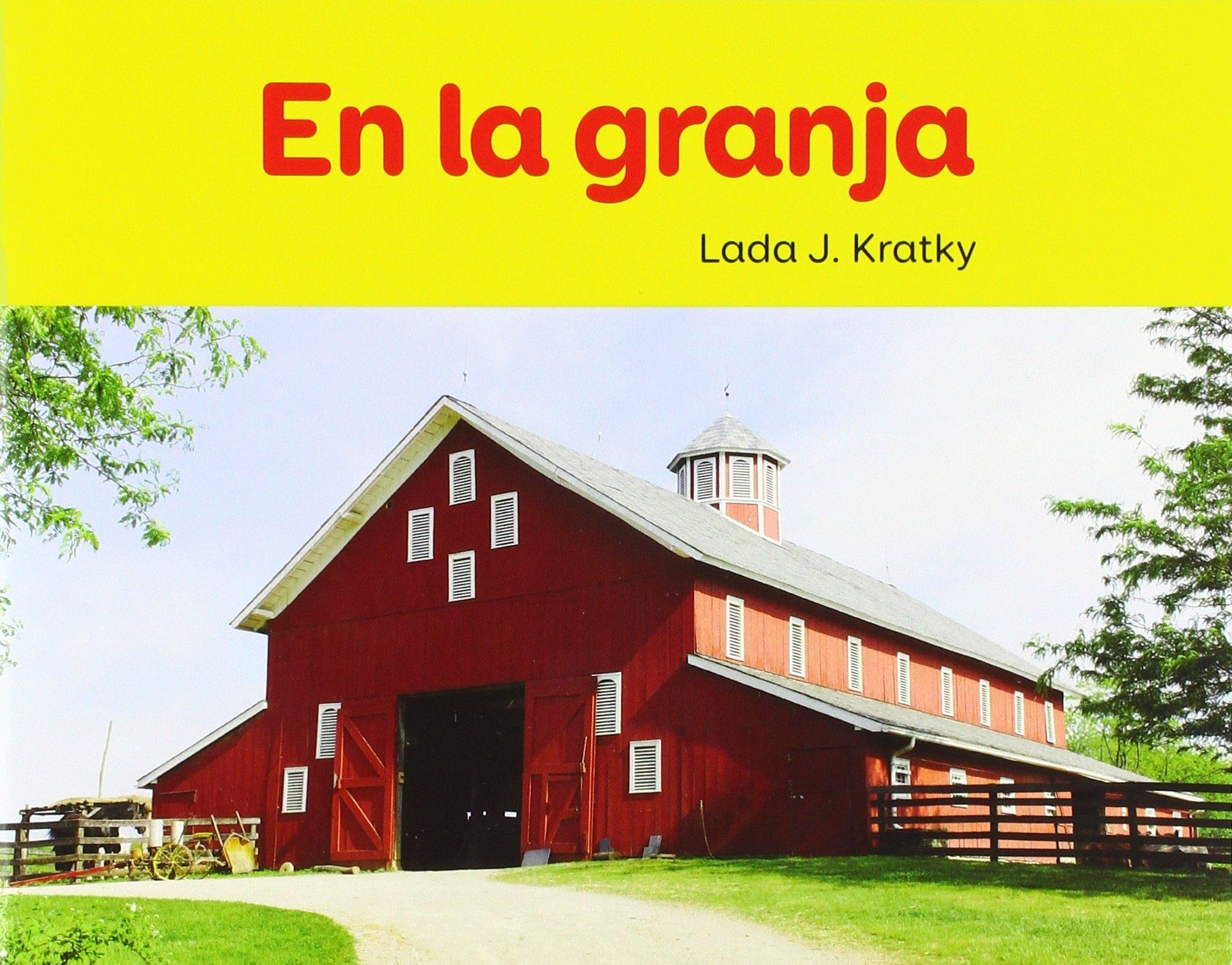 En La Granja (Facil de Leer / Easy to Read) (Spanish Edition) (Spanish) Paperback – June 1, 2018
