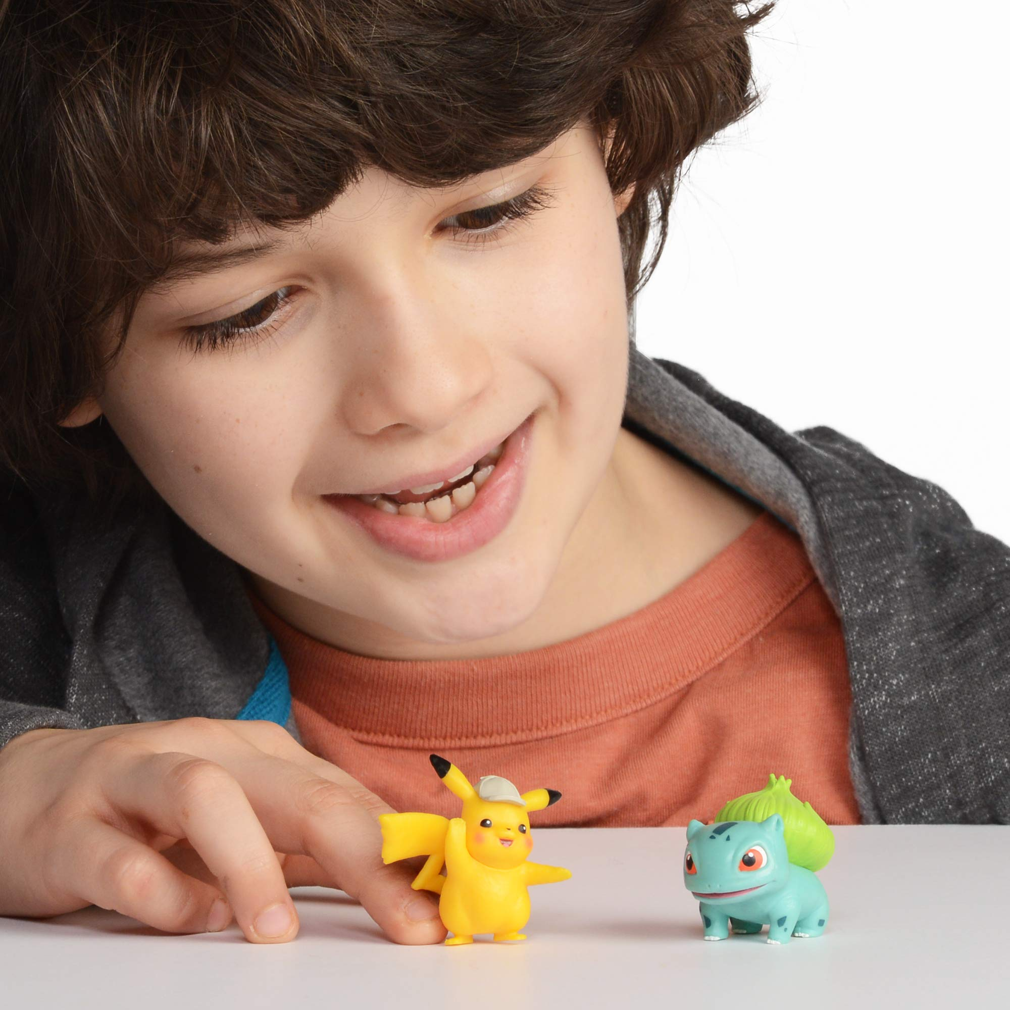 Detective Pikachu Battle Action Figure 6-Pack - Includes two 2'' Detective Pikachu Figures, 2'' Psyduck, 2'' Bulbasaur, 3'' Mewtwo, and 3'' Ludicolo by Pokemon (Image #5)