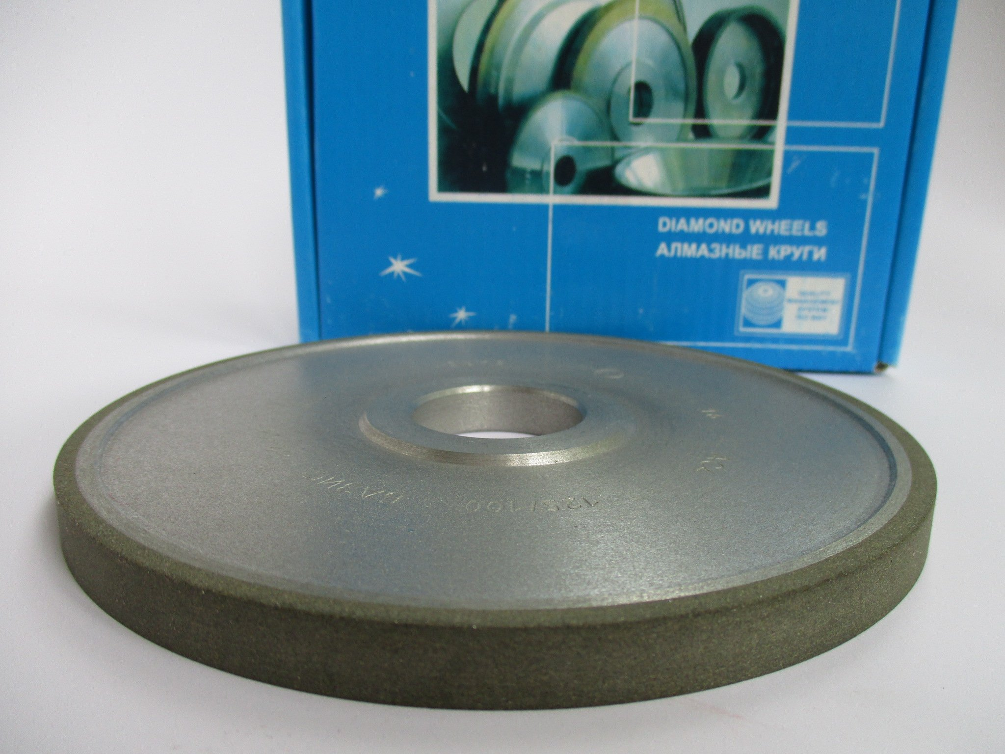 Dia: 6'' (150mm.) Hole: 1.26'' (32mm.) Width: 0.4'' (10mm.) Type: 1A1 Straight Abrasive Diamond Wheel Grinding 125/100micron 150 Mesh (Finish Grinding)