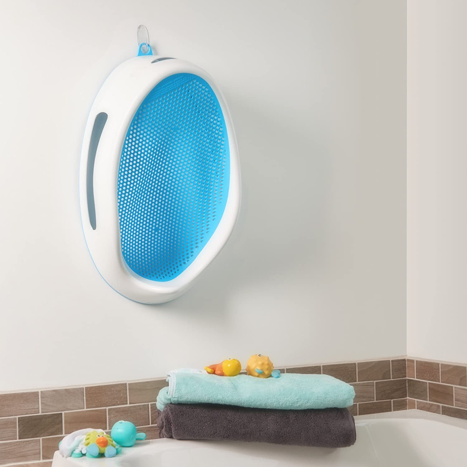 Amazon Angelcare Bath Support Aqua Baby Bathing Seats And