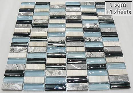 Luce blu in vetro e pavimenti in pietra mosaico piastrelle foglio