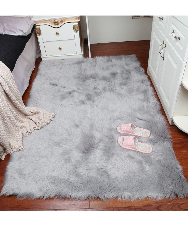 Luxury Soft Faux Sheepskin Fur Area Rugs,Small Faux Fur Rug for Bedroom Living Room Purple 2x3ft FurFurug
