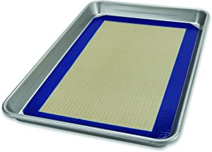 USA Pan 1706MT-1 Bakeware Nonstick Half Sheet Pan and Silicone Mat Set