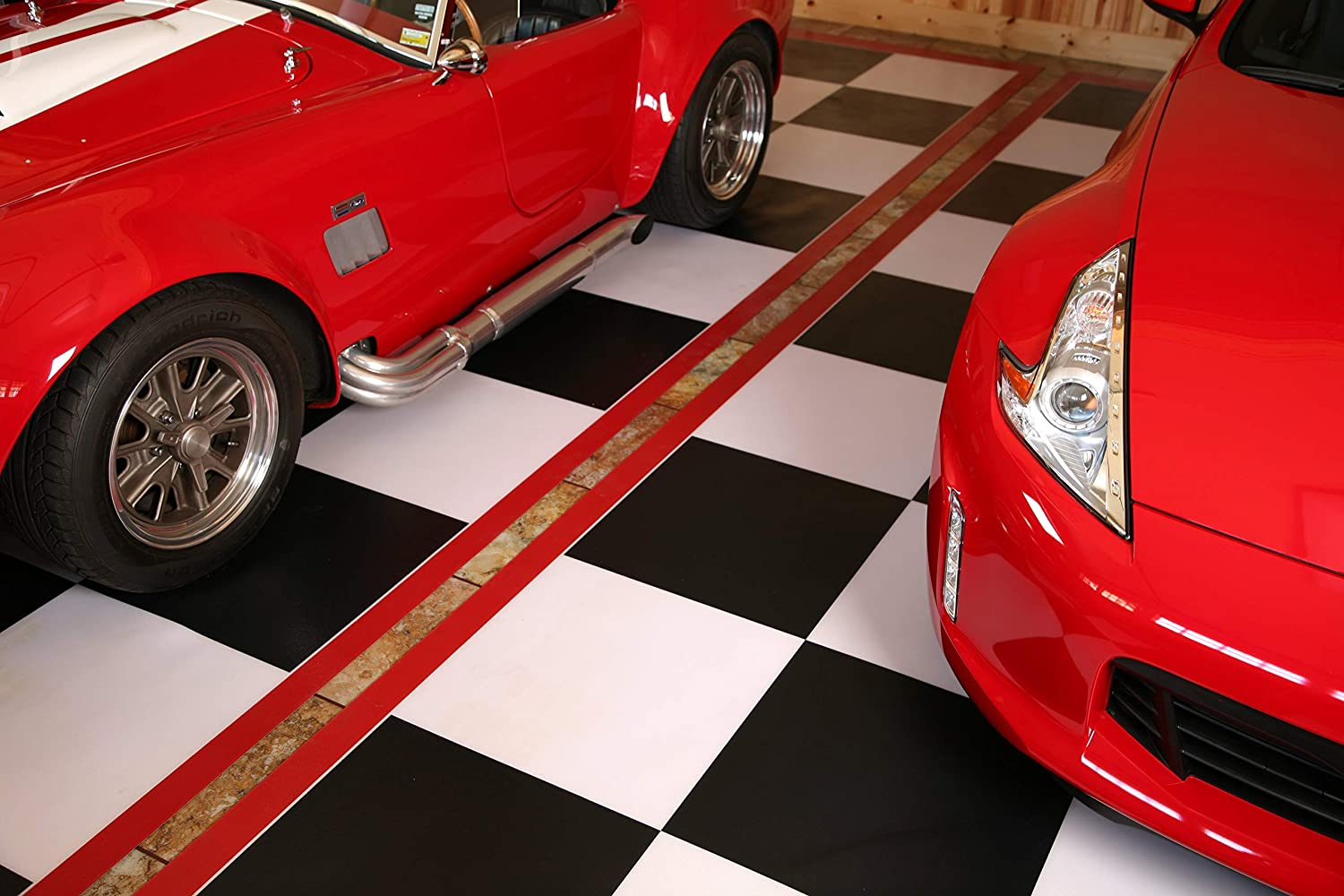 G-Floor 5x10 Imaged Parking Mat Black /& White Checkerboard with Red Border