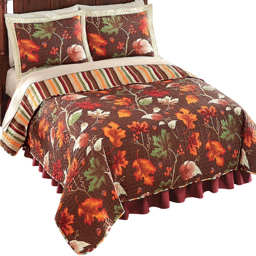 Fall Leaves And Acorns Quilt, Brown, Full/Queen