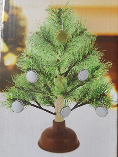 redneck christmas tree with bottle cap ornaments - Redneck Christmas Decorations